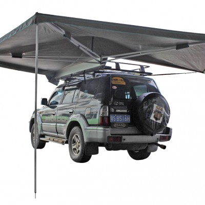 Toyota 4x4 with Wing Awning